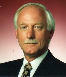 Dr Neil Sanderson